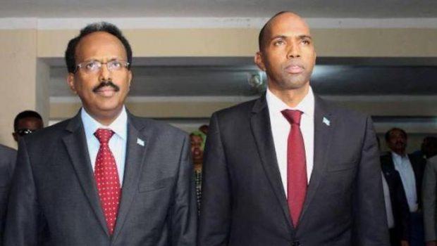 Somalie : Des manifestations contre le président de la Somalie et le couvre-feu secouent Mogadiscio depuis hier soir.